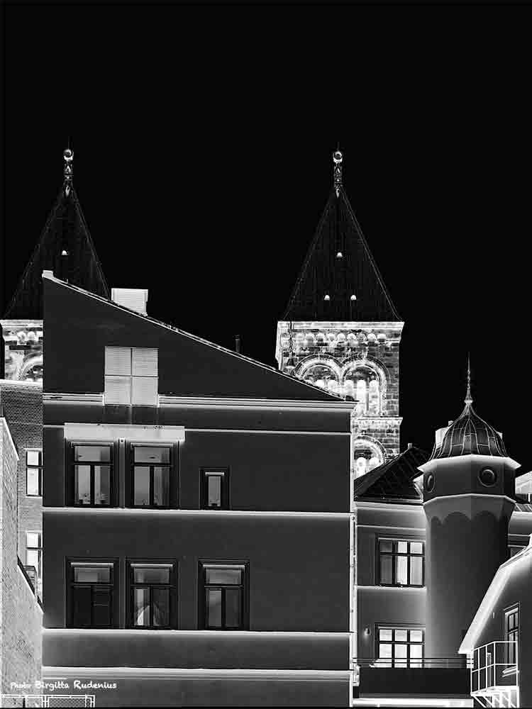 towers_20140604_dark